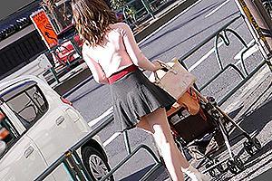 淫蕩人妻三週年紀念。人妻熟女亂交同好會登場 夢想中的日本老婆…小隻馬「身材反差超大」